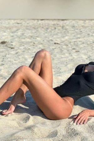 אלכסה-בחורה עם גוף לוהט בחיפה