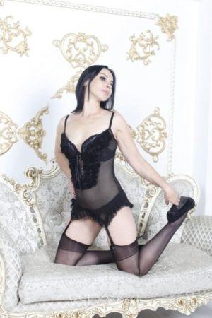 נדיה בת 31 בתמונות אמיתיות